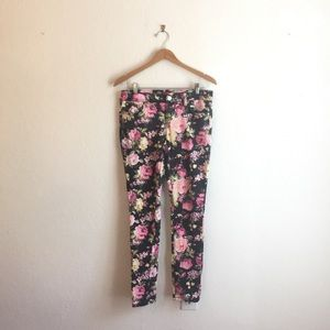 Almost Famous 7 skinny jeans floral pink green